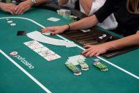 4 Methods Online Gambling Could make You Invincible